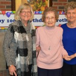 Dorothy with her two daughters Kay Kinney and Cheryl McCalla.